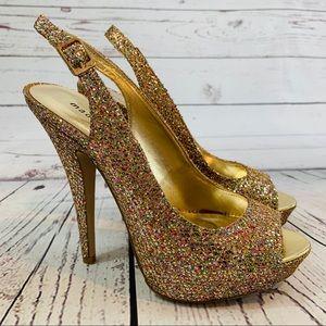 Madden Girl NWOT platform glitter heel Jassperr